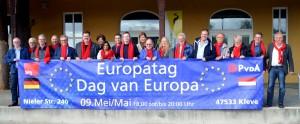 V.l.n.r.: Marco Looman (PvdA-Millingen a.d. Rijn), Manfred Maas (SPD-Kranenburg), Peter Welsing (SPD- Kranenburg), Peter Leenders (SPD-Gogh), Josef Gietemann (SPD-Kleve), Will Giesbers(PvdA-Groesbeek), Elke Pastoors (PvdA-Millingen a.d. Rijn), Sandra Moti (PvdA-Nijmegen), Thieu Hoeken (PvdA-Ubbergen), Philipp Vallen (SPD-Kleve), Ans van den Berg (SPD-Kleve), Alard Beck (PvdA-Nijmegen), Sarah Thon (SPD- Kleve), Hans Kocks (SPD-Kranenburg), Martijn Schmiermann (PvdA-Groesbeek), Fred Kahm (SPD-Kranenburg), Andreas Jünemann (SPD-Kranenburg), Alex Lensing (SPD-Kleve) en Willem van het Hekke (SPD-Kleve)